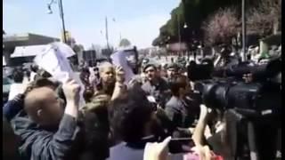 Pompei - Vincenzo De Luca & Renzi contestati dalla folla