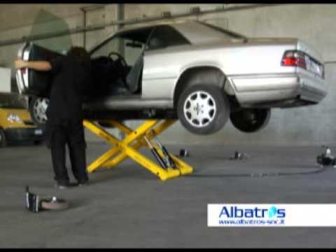 Spider rolling lift equipement de garage youtube for Equipement complet garage auto