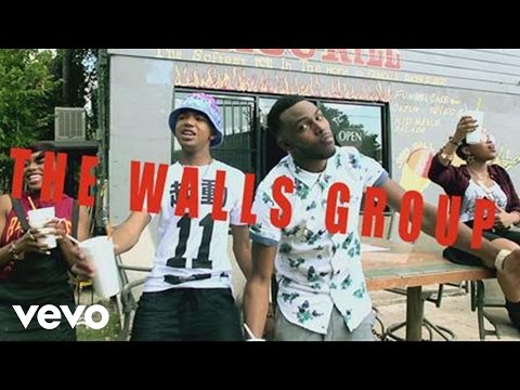 The Walls Group - Love On The Radio