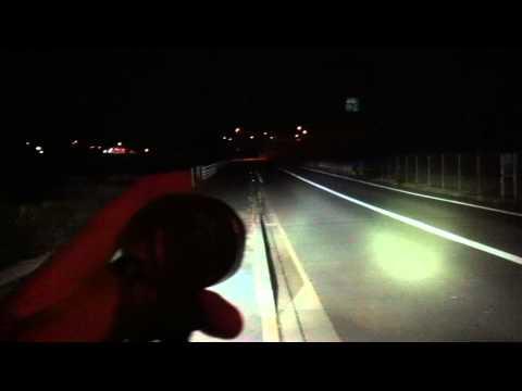 ... 自転車ライト-映画速報