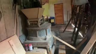 A modernized home-made quern / żarna domowej roboty - Łękawica, Poland