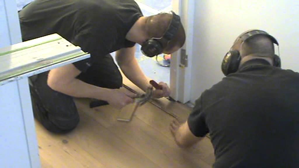 Een eiken vloer leggen doe je zo ! youtube