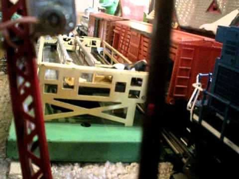 Lionel postwar operating 3656 cattle corral youtube lionel postwar operating 3656 cattle corral cheapraybanclubmaster Gallery