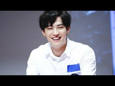 GOT7 JB Try not to laugh
