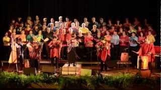 Misa Criolla d'Ariel Ramirez - Kyrie. Los Koyas avec les choeurs Val Canto et Les Uns et les Autres.