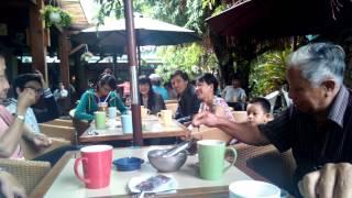 Cafe sang chu nhat