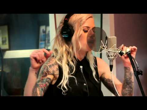 "Gin Wigmore ""Black Sheep"" Nova acoustic"