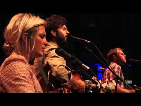 "The Head and The Heart - ""Down In The Valley"" (eTown webisode #338)"