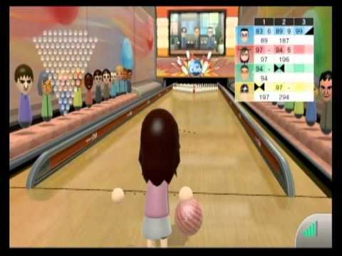 Wii Sports Club Bowling - Online Match #1: 100 Pins, Grandma Rolls, and Lefty Flip!
