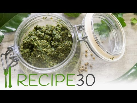 Make thai green curry paste