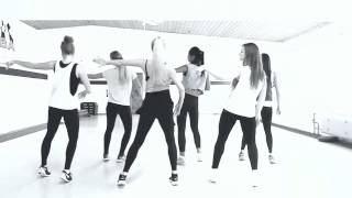 ZUMBA AVENTURA - OBSESSION (Warm Up Bachata)