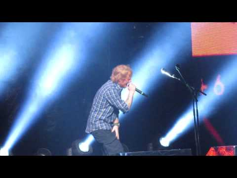 Live Speaking About Complaints, Drunk, and Take It Back/ Superstition (Cover) - Ed Sheeran [HD]