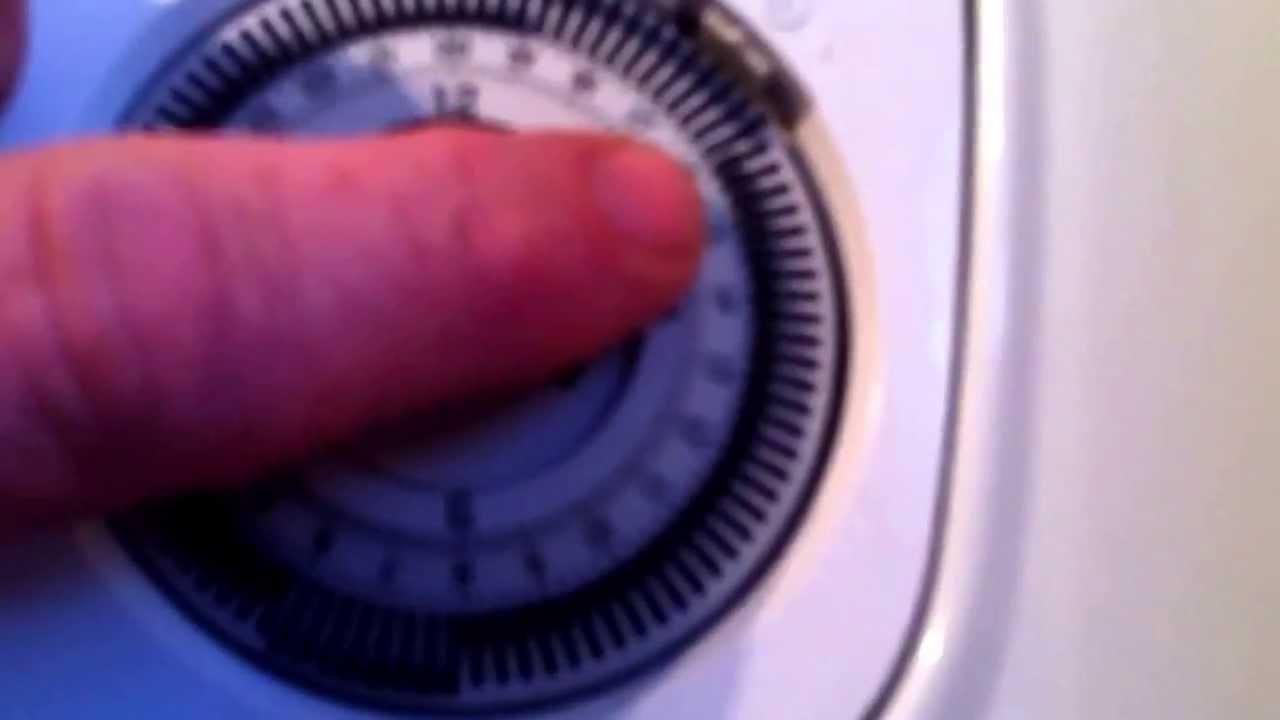 Setting a Mechanical timeclock on a glowworm ultracom 35cxi - YouTube
