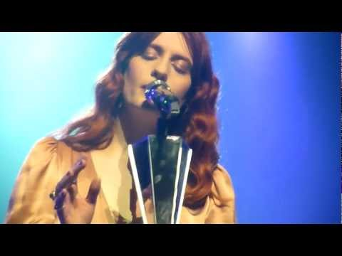 Florence and The Machine - No light, No light at Hackney Empire