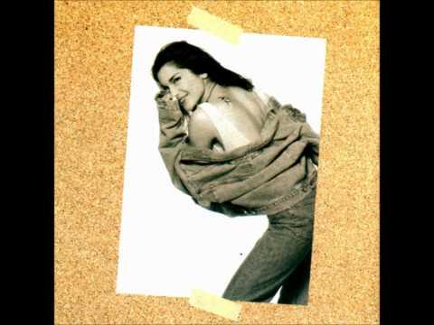 09.Despina Vandi-Kane me na liwsw [Gela mou 1994] Lyrics HD