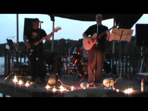 The Pikeys live at Bayshores Tropic Hut - 7/12/13