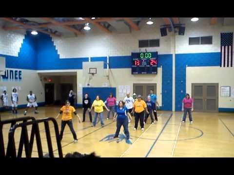Shawnee Middle School teachers Gangnam Style