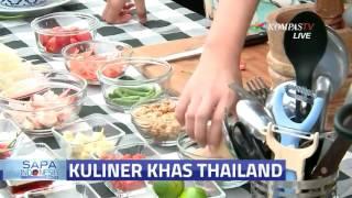 Membuat Salad Segar khas Thailand