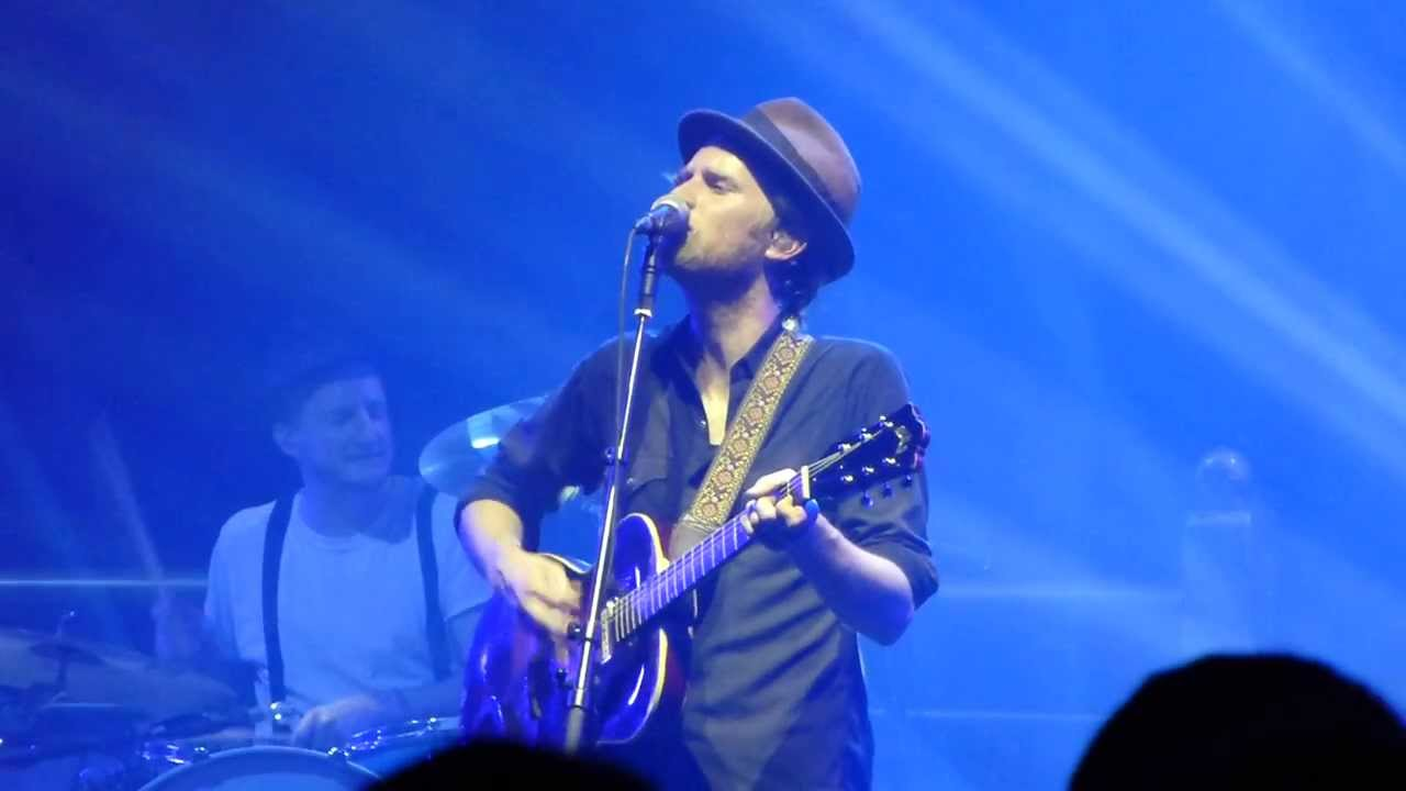 the-lumineers-gale-song-live-zenith-munich-2013-12-06-musicinmotion