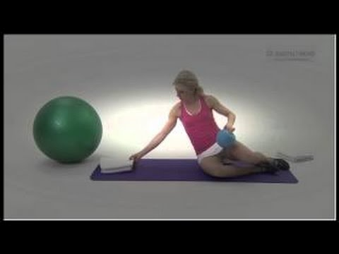 Pregnancy exercise expert Joanna Helcke introduces you to her online pregnancy Pilates