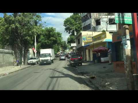 Cruising the streets of Pétionville and Port Au Prince.