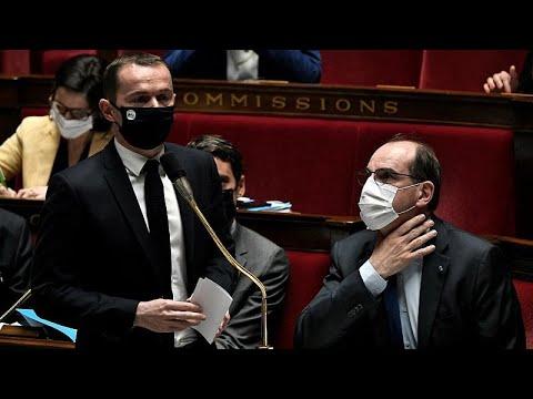 وزير فرنسي: كوفيد-19 سيكلف فرنسا 424 مليار يورو خلال ثلاث سنوات…  - 09:59-2021 / 4 / 14