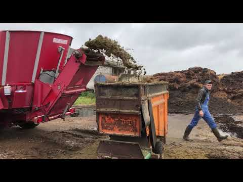 Intelligent Technology Automatic Cow Hay Silo Feeding Machine VOLVO Loader Tractor Smart Farming