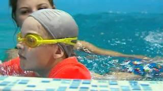 Занятия в бассейне для детей до 5-ти лет(Занятия в бассейне для детей от рождения до 5-ти лет. Детский оздоровительный центр