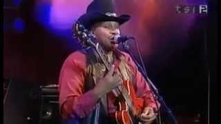 Otis Rush - Walking the backstreets and crying