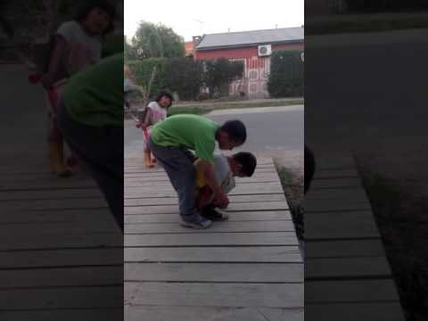 Simulacro de bebe cagá bye Tonga jaja