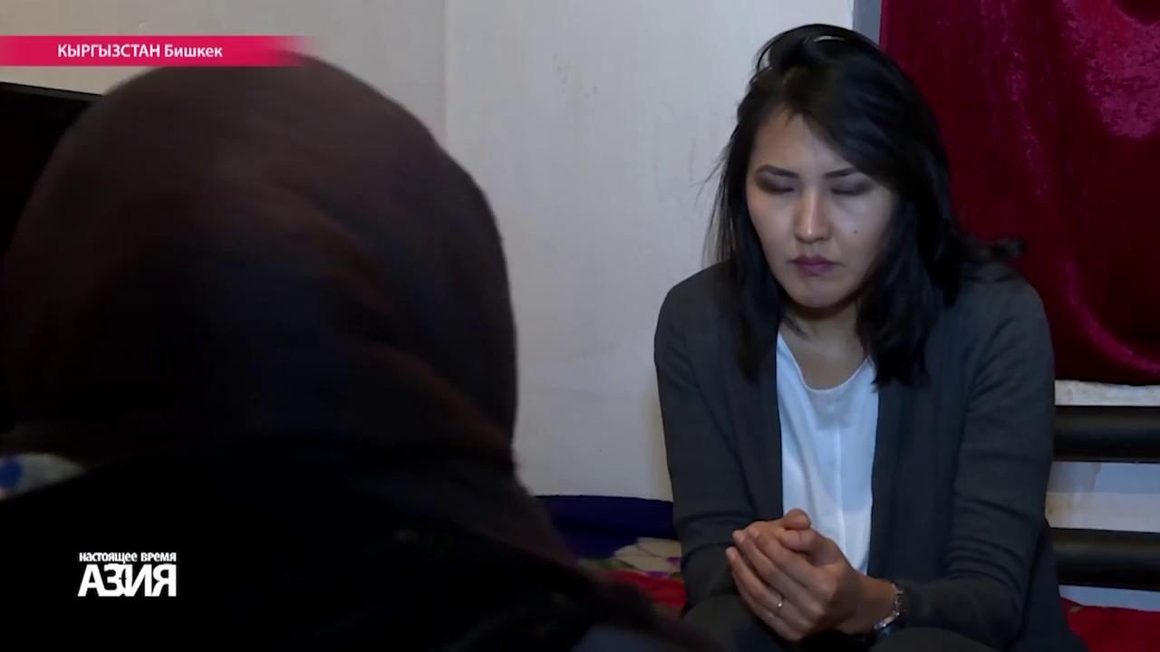 Русское кино девушку держат в сексуальном рабства
