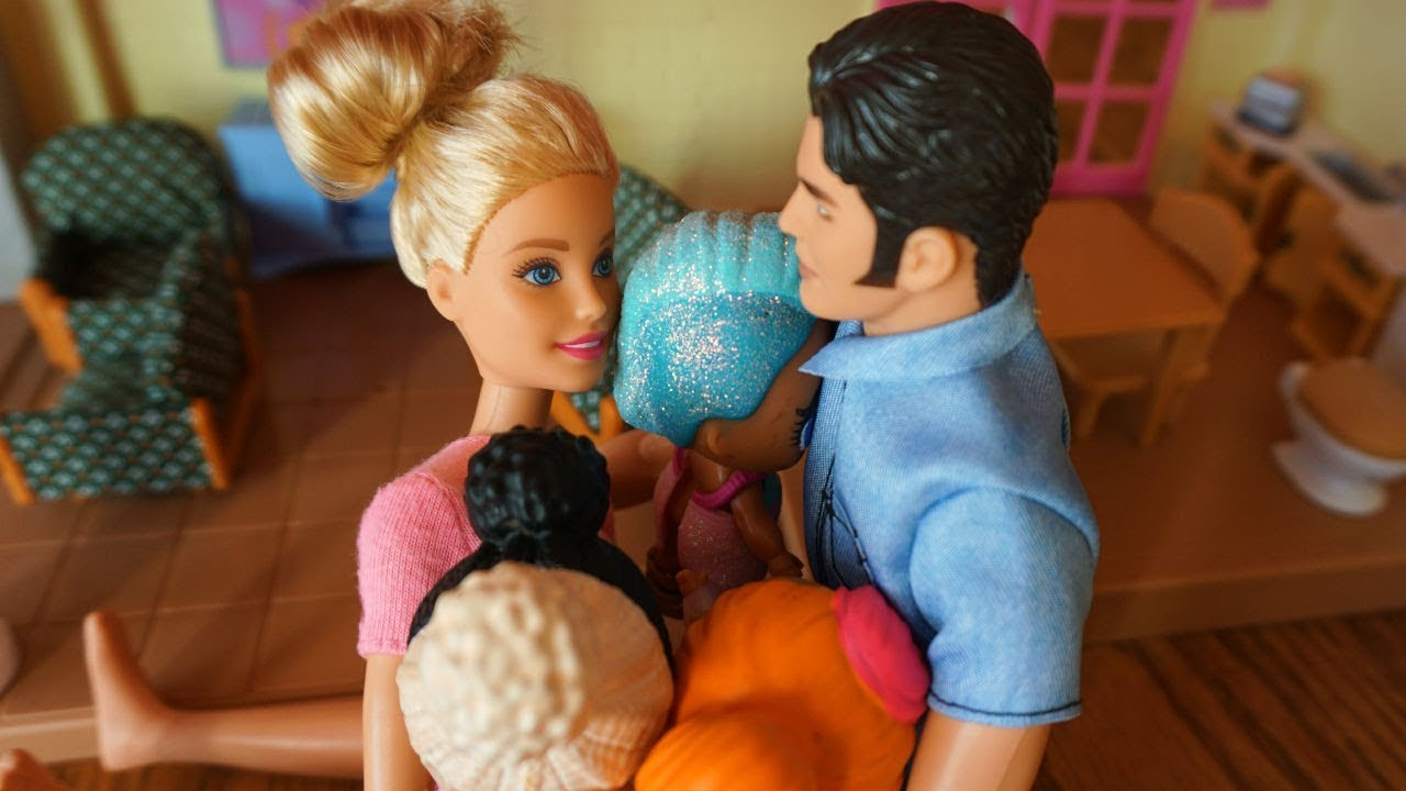 Lol Surprise Dolls Escape Barbie Amp Ken Get Lol Dolls Back