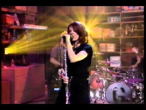 Garbage - Only Happy When It Rains (Live Saturday Night Special 1996)