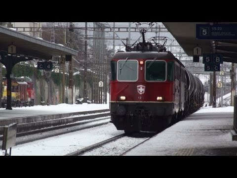 Züge-Trains-Eisenbahn-Winter and Snow-Swiss Rail Feb 2012
