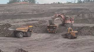 HITACHI 2500 Open Pit Coal Min…
