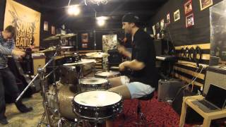 Ритмы с прямой бочкой на барабанах