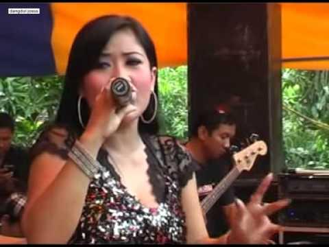 """Dangdut Kendal""""Lulu Nirwana"""" Awan Kelabu Hot Hot Hot"""
