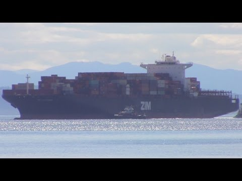 Container Ship ZIM ROTTERDAM departing Delta Port (Robert's Bank), BC (June 3, 2016)