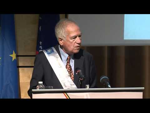 Karl von Wogau receives hononary fellowship from European Security and Defence College