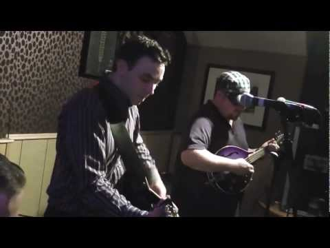 Ray Dunne Band@the Terrace Omagh mpg