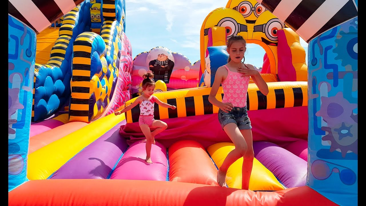 Giant Bouncy Castle- Fun Activities for Kids! - YouTube