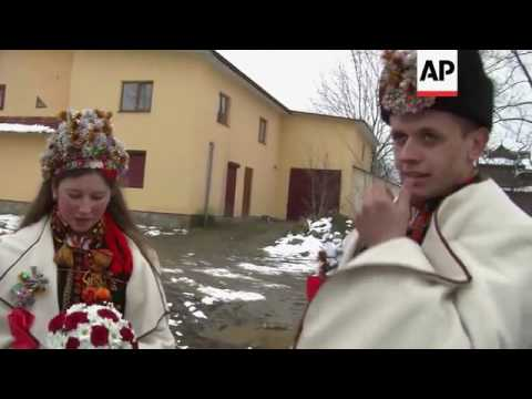 Ancient wedding traditions maintained in Ukrainian village