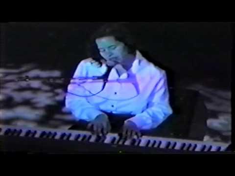 10,000 Maniacs - Noah's Dove (1992) Carnegie Hall, NY mp3