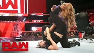 Ronda Rousey traps Nia Jax in an armbar: Raw, June 11, 2018