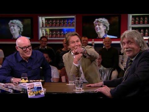 Johan wordt uitgelachen door cameraman  - VOETBAL INSIDE