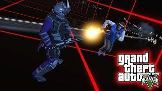 GTA V: LOBISOMEN VS HOMEM BLINDADO!! ‹ Koow ›