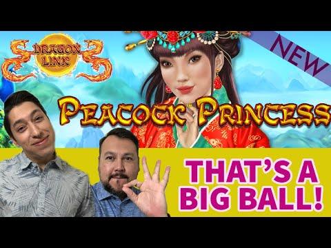 NEW Peacock Princess DRAGON LINK Landing BIG BALLS During Free Games