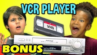 Video KIDS REACT TO VCR/VHS (Bonus #125) download MP3, 3GP, MP4, WEBM, AVI, FLV Desember 2017