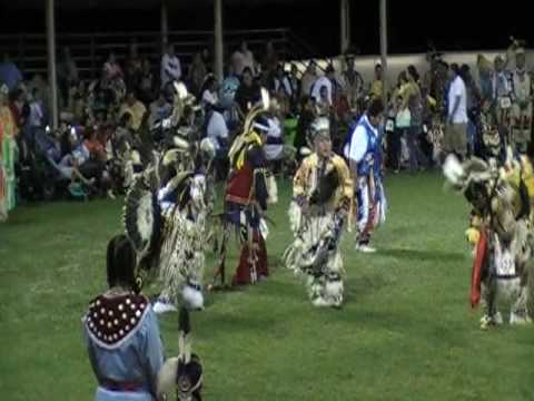 Teen Boys Traditional @ Shakopee reservation,minnesota powwow 2009
