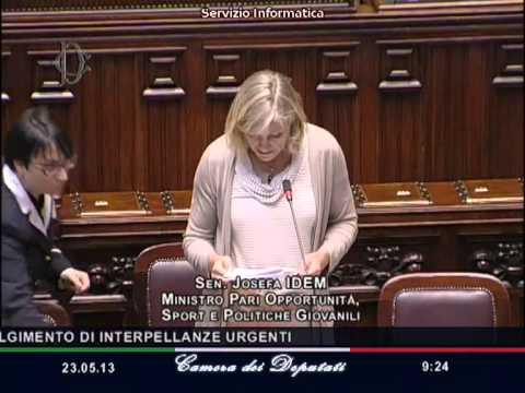 Josefa Idem Ministro Pari Opportunità - Diritti Omosessuali Gay Lesbiche E Trans